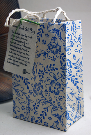 Blue Garden Lotka Favor Bag